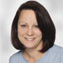 Physiotherapie-Theresienhoehe-220x220px-Tatjana-Eberhardt-2